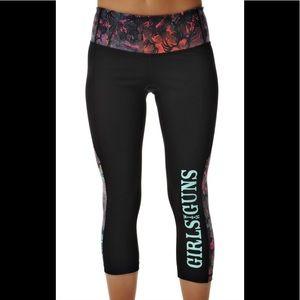 New GWG®Capri High density cropped running pant